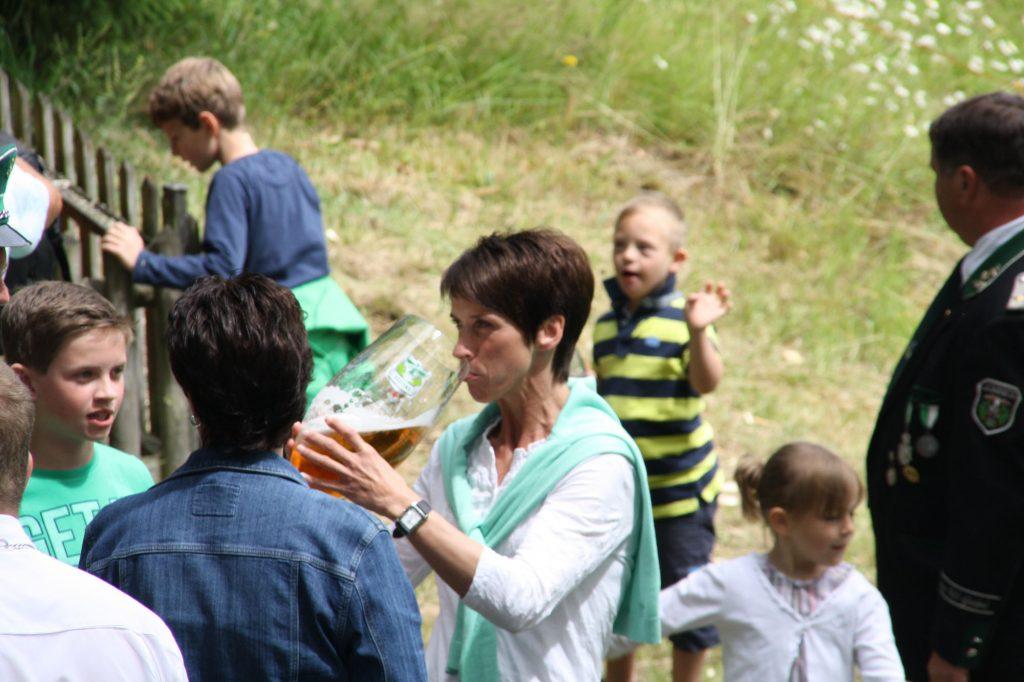 Impressionen_100J_Zu Hause trinke ich keinen Schluck ...